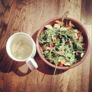 Avocado & Rocket Salad with Lime & Ginger Tea